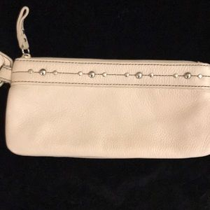 "💝💕""KENNETH COLE: REACTION"" Clutch LIKE NEW💕💝"